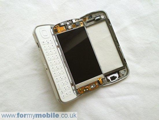 Как разобрать телефон Nokia N97 (4)