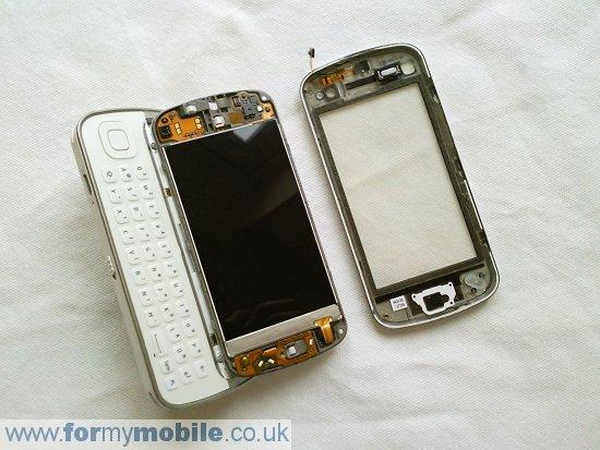 Как разобрать телефон Nokia N97 (6)