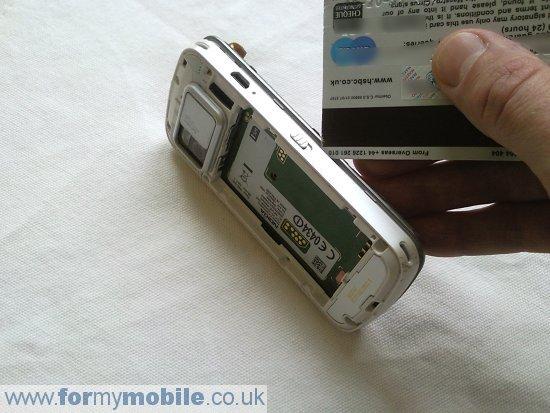 Как разобрать телефон Nokia N97 (9)