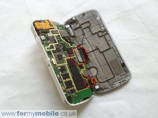 Как разобрать телефон Nokia N97 (10)
