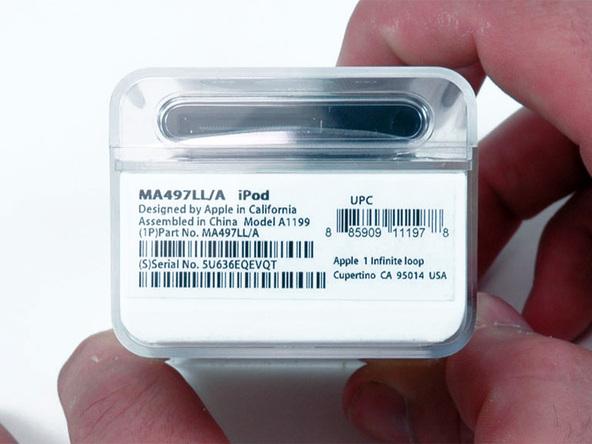 Как разобрать плеер Apple iPod Nano 2-го поколения (3)