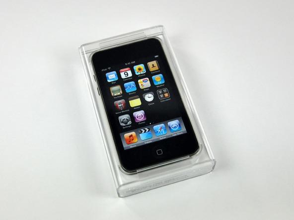 Как разобрать плеер Apple iPod Touch 3-го поколения (2)