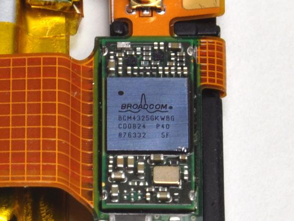 Как разобрать плеер Apple iPod Touch 2-го поколения (12)