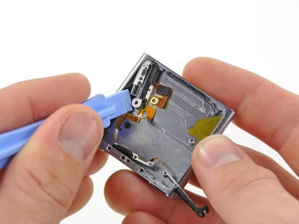 Как разобрать плеер Apple iPod Nano 6-го поколения (23)