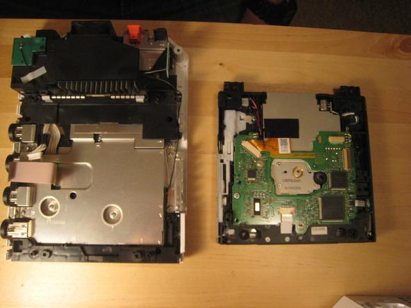 Как разобрать игровую консоль Nintendo Wii (31)