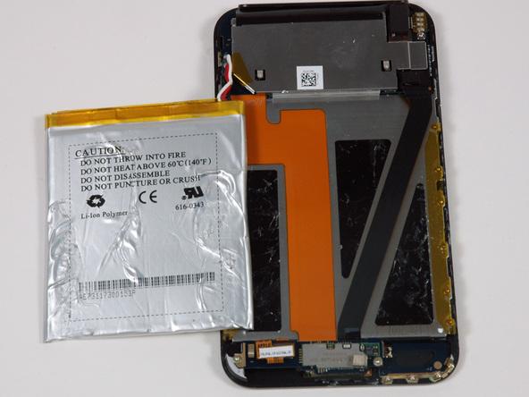 Как разобрать плеер Apple iPod Touch 1-го поколения (12)