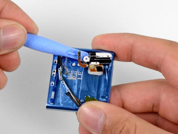 Как разобрать плеер Apple iPod Nano 6-го поколения 2011 года (24)