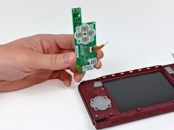 Как разобрать игровую консоль Nintendo DSi XL (20)