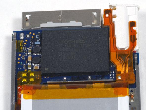 Как разобрать плеер Apple iPod Nano 4-го поколения (14)