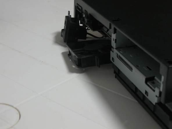 Как разобрать игровую консоль Sony PlayStation 2 (35)
