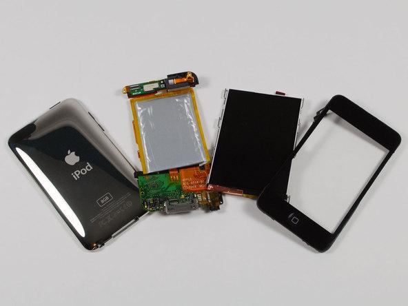Как разобрать плеер Apple iPod Touch 2-го поколения (18)