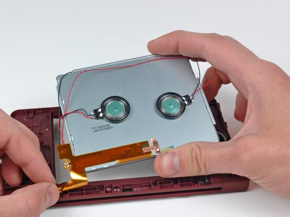 Как разобрать игровую консоль Nintendo DSi XL (27)