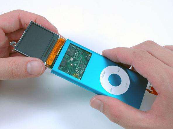 Как разобрать плеер Apple iPod Nano 2-го поколения (21)