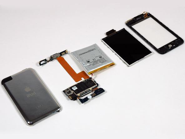 Как разобрать плеер Apple iPod Touch 1-го поколения (21)