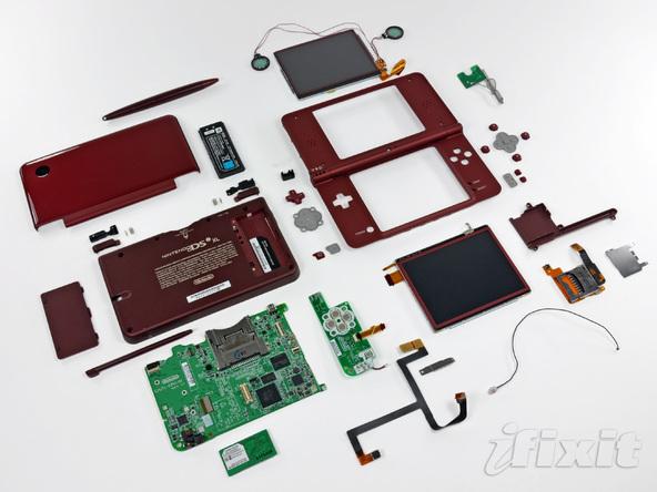 Как разобрать игровую консоль Nintendo DSi XL (33)