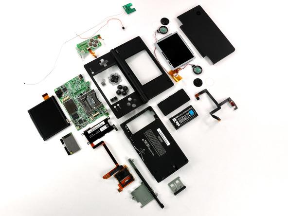 Как разобрать игровую консоль Nintendo DSi XL (34)