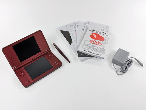 Как разобрать игровую консоль Nintendo DSi XL (2)