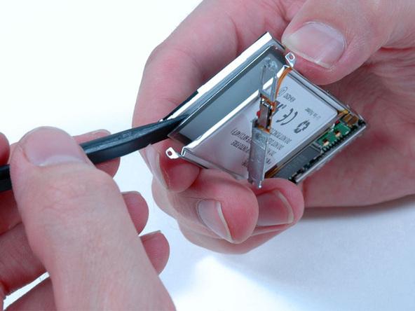 Как разобрать плеер Apple iPod Nano 2-го поколения (23)