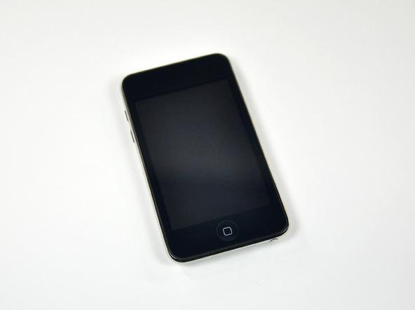 Как разобрать плеер Apple iPod Touch 3-го поколения (3)