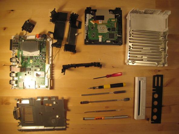 Как разобрать игровую консоль Nintendo Wii (58)
