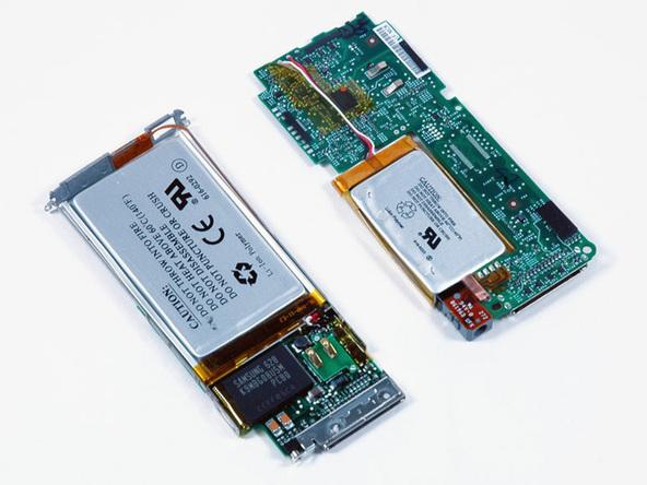 Как разобрать плеер Apple iPod Nano 2-го поколения (26)