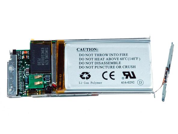 Как разобрать плеер Apple iPod Nano 2-го поколения (28)