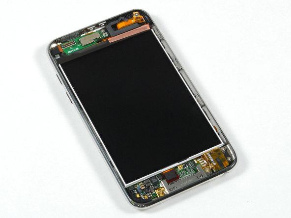 Как разобрать плеер Apple iPod Touch 2-го поколения (6)