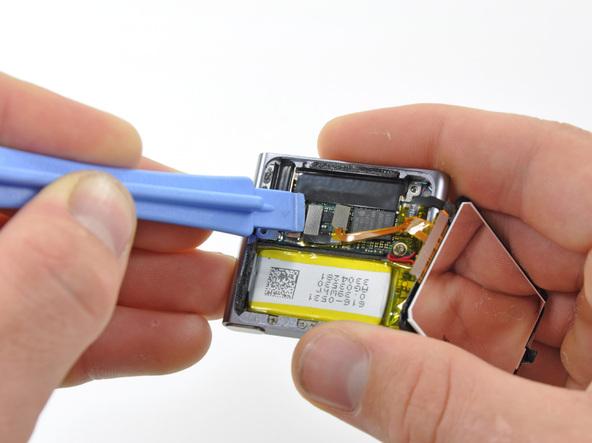 Как разобрать плеер Apple iPod Nano 6-го поколения (13)