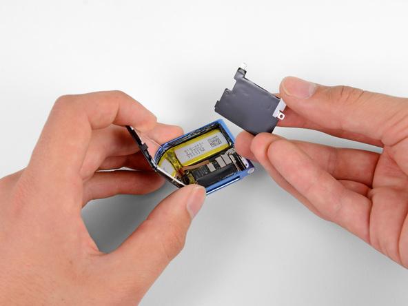 Как разобрать плеер Apple iPod Nano 6-го поколения 2011 года (10)