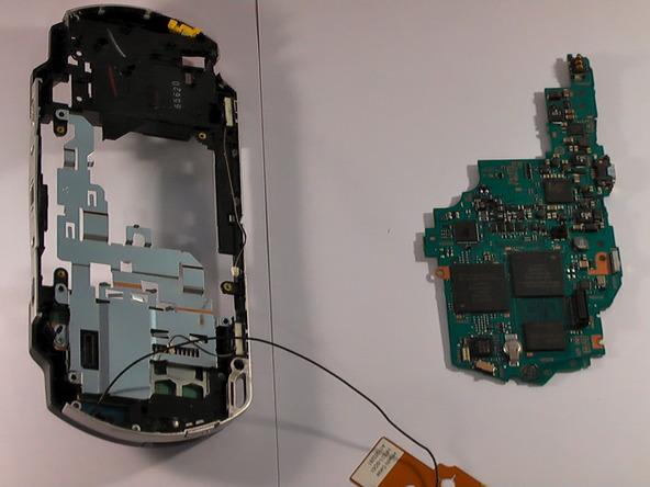 Как разобрать игровую консоль Sony PSP 1003 (19)