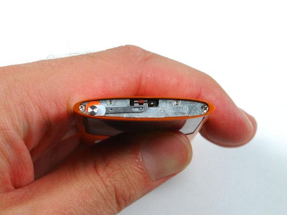 Как разобрать плеер Apple iPod Nano 4-го поколения (7)