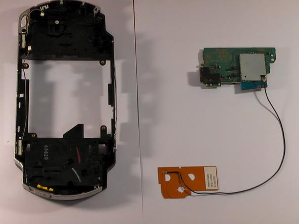 Как разобрать игровую консоль Sony PSP 1003 (20)