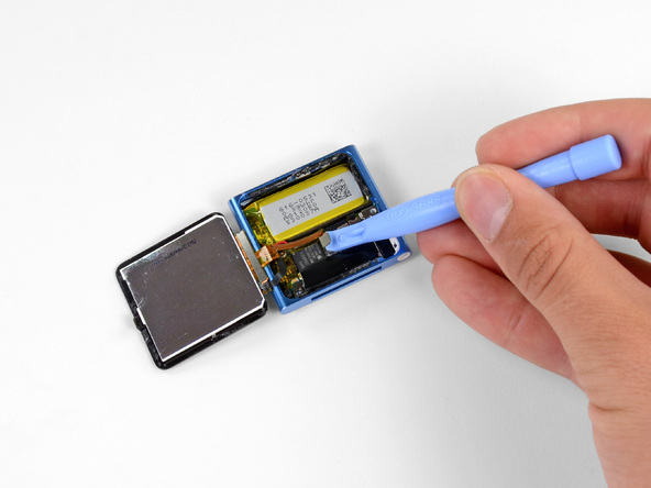 Как разобрать плеер Apple iPod Nano 6-го поколения 2011 года (11)