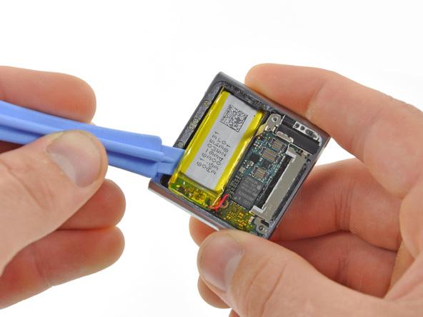 Как разобрать плеер Apple iPod Nano 6-го поколения (19)