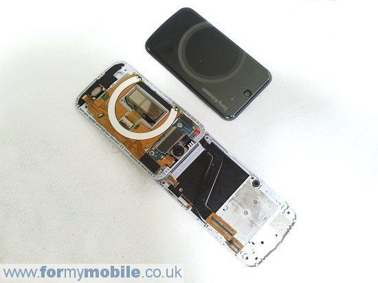Как разобрать телефон Sony Ericsson T707 (14)