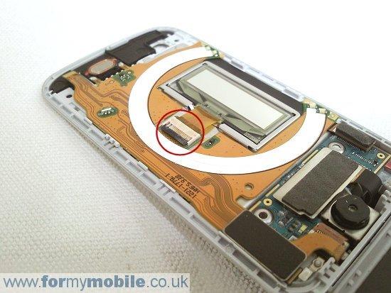 Как разобрать телефон Sony Ericsson T707 (15)