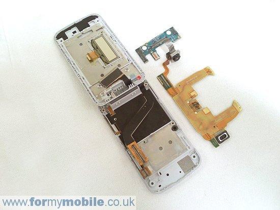 Как разобрать телефон Sony Ericsson T707 (20)