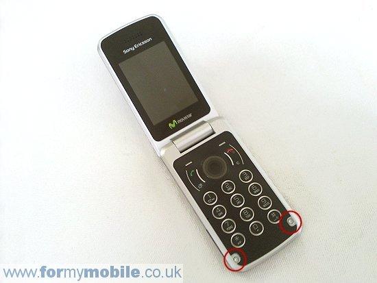 Как разобрать телефон Sony Ericsson T707 (4)