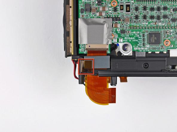 Как разобрать фотоаппарат Nikon D70 для замены различных компонентов (13)