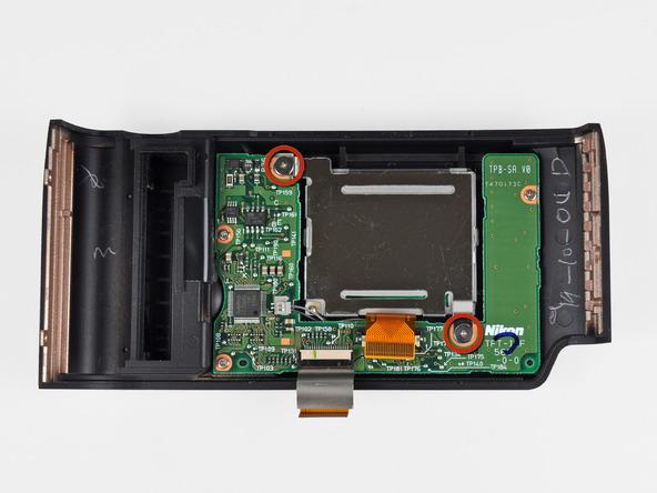 Как разобрать фотоаппарат Nikon D70 для замены различных компонентов (63)