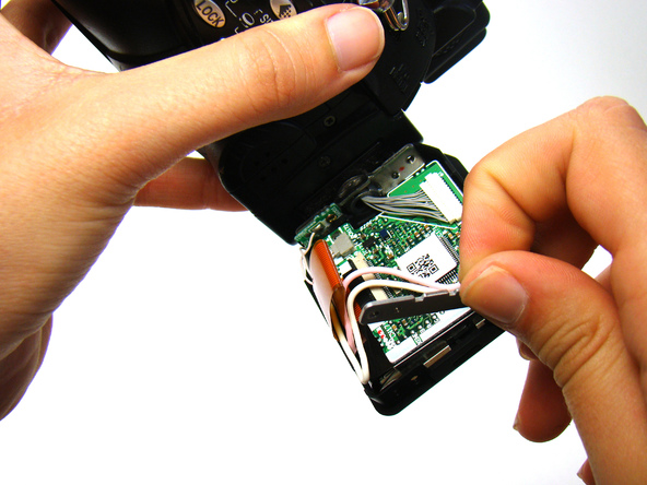 Как разобрать фотоаппарат Nikon Coolpix E5700 для замены различных компонентов (10)