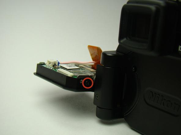 Как разобрать фотоаппарат Nikon Coolpix E5700 для замены различных компонентов (6)