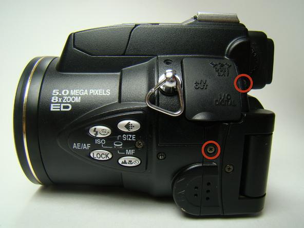Как разобрать фотоаппарат Nikon Coolpix E5700 для замены различных компонентов (15)