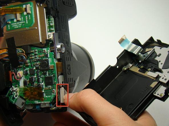 Как разобрать фотоаппарат Nikon Coolpix E5700 для замены различных компонентов (19)