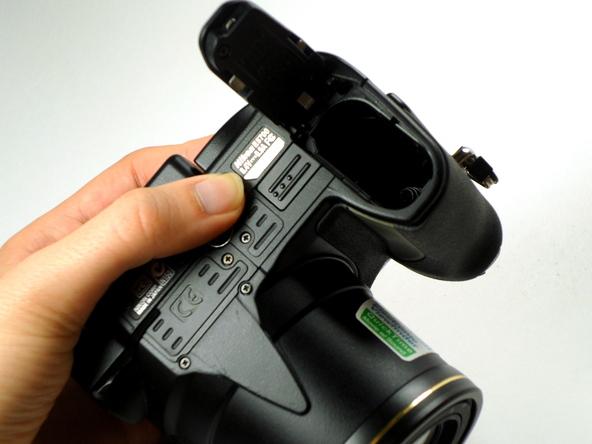 Как разобрать фотоаппарат Nikon Coolpix E5700 для замены различных компонентов (22)