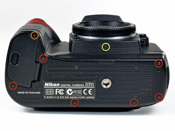 Как разобрать фотоаппарат Nikon D70 для замены различных компонентов (3)