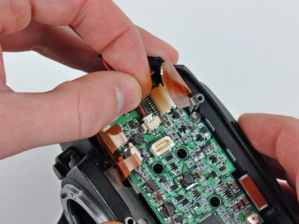 Как разобрать фотоаппарат Nikon D70 для замены различных компонентов (17)