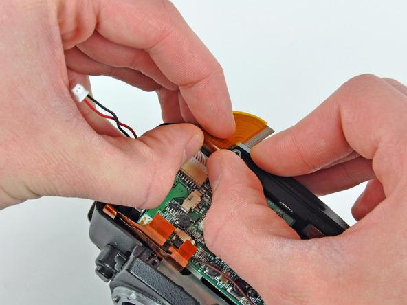 Как разобрать фотоаппарат Nikon D70 для замены различных компонентов (19)