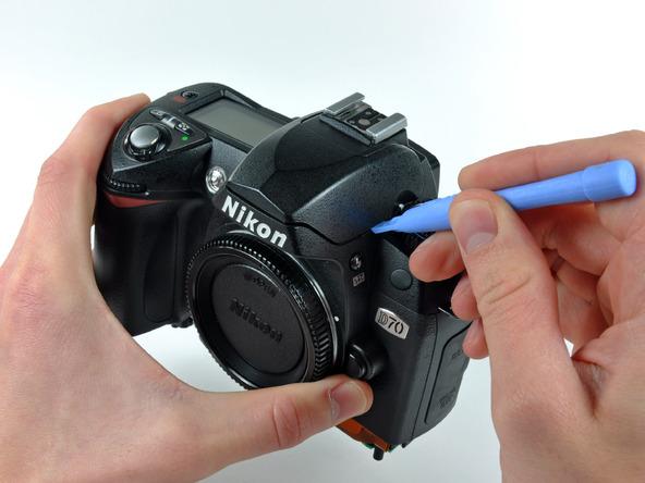 Как разобрать фотоаппарат Nikon D70 для замены различных компонентов (29)