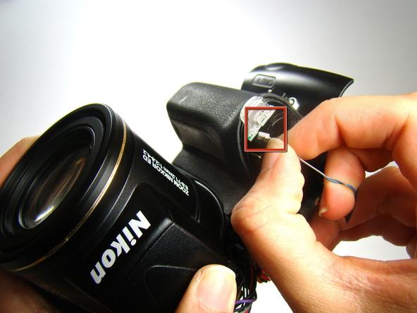Как разобрать фотоаппарат Nikon Coolpix E5700 для замены различных компонентов (26)